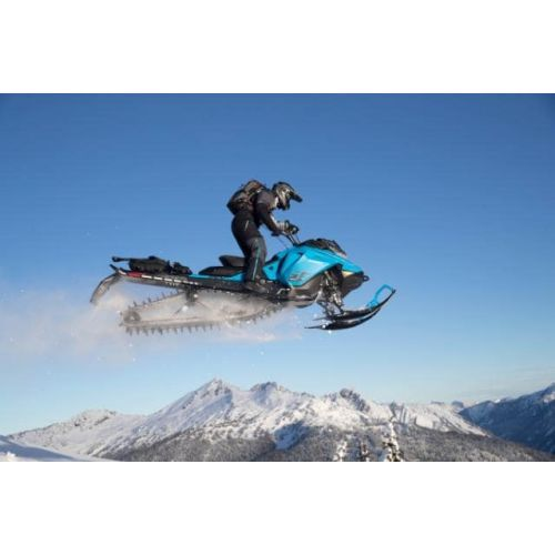 ski-doo-summit-sp-2020-snowmobil-2-min-976.jpg
